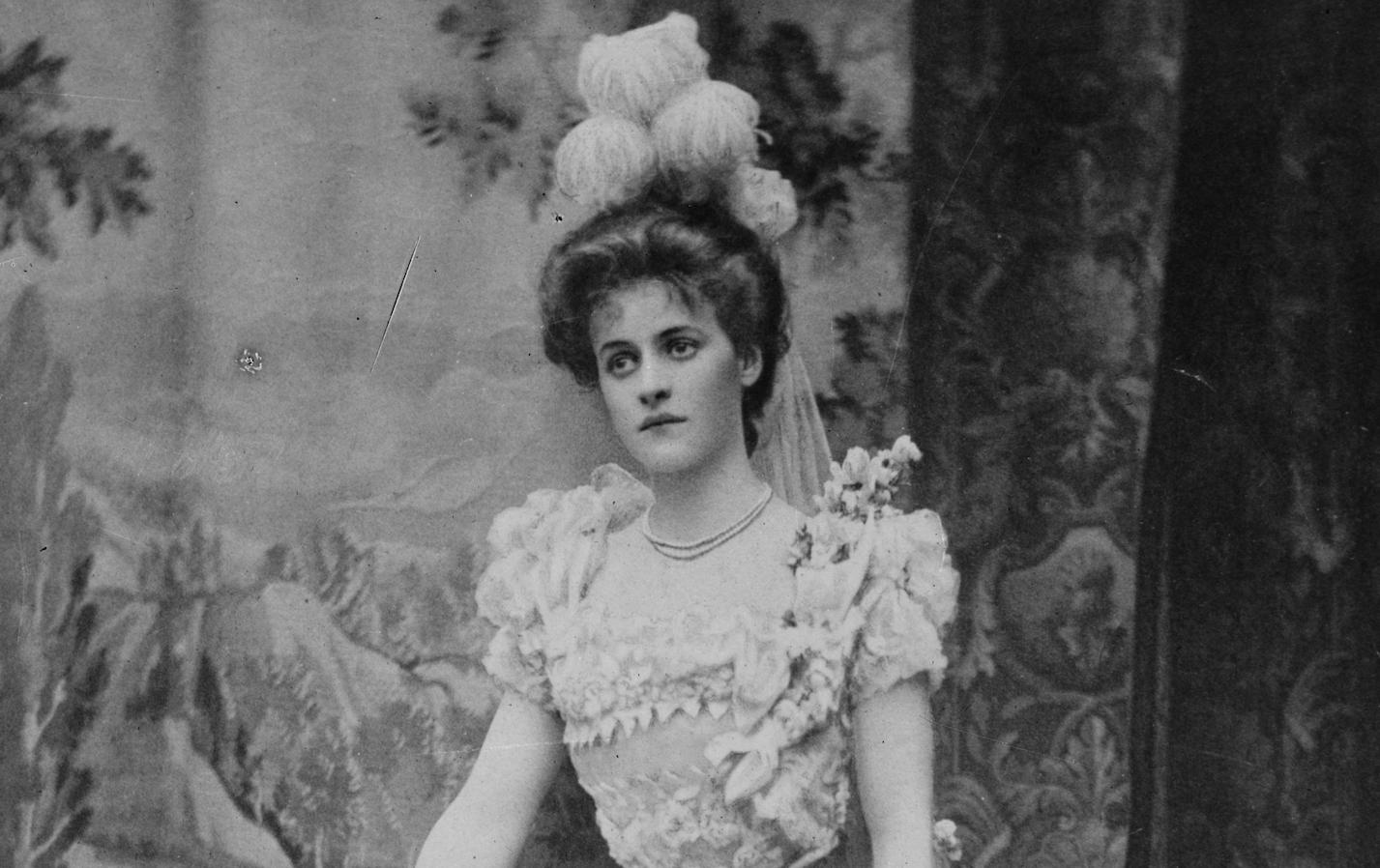 Louise Grace